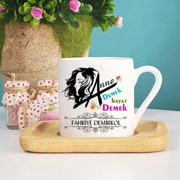 Anneye Hediye İsimli Türk Kahve Fincanı