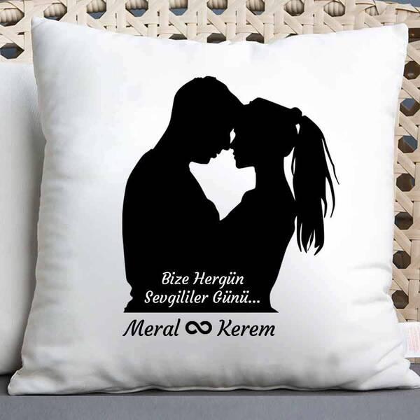 Bize Hergün Sevgililer Günü Temalı Yastık