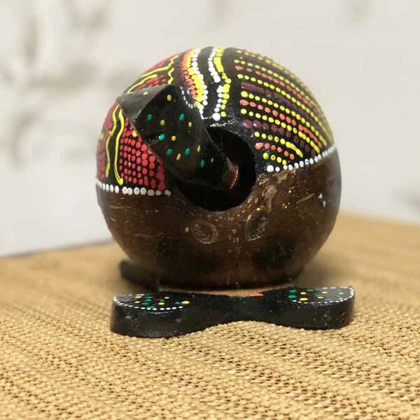 Motif Desenli Ahşap Kafa Sallayan Kaplumbağa
